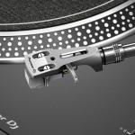 Nicht nur für DJs: Pioneers neuer Einsteiger-Plattenspieler PLX-500
