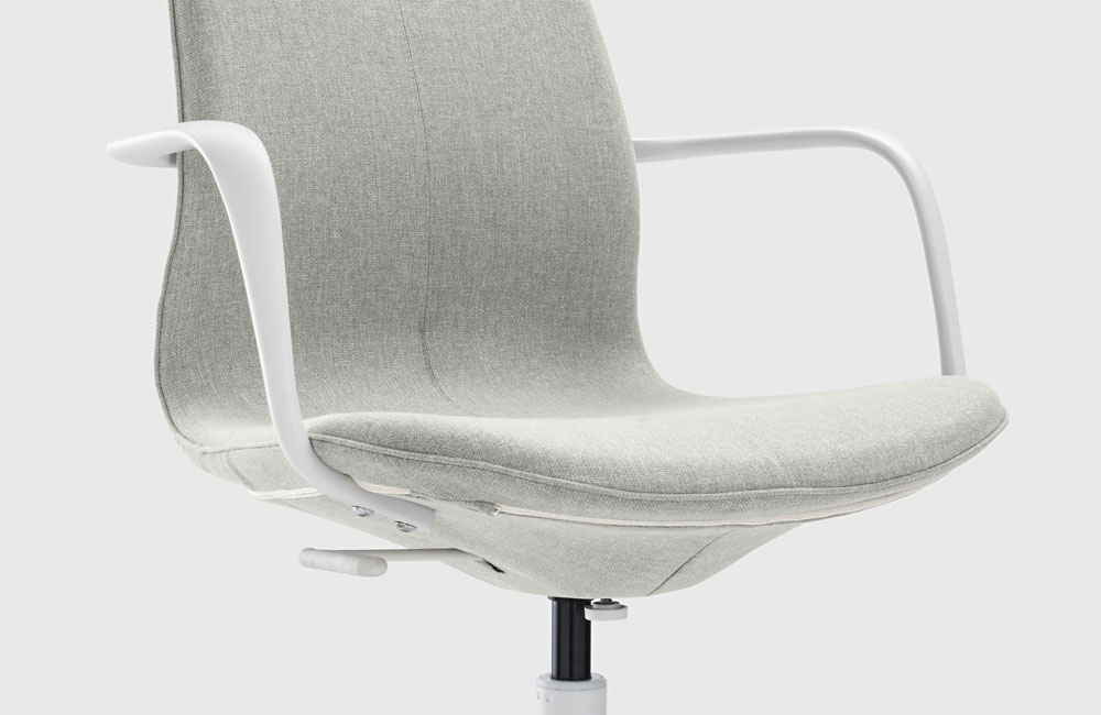 Schreibtischstuhl ikea  Fühlt sich nicht nur im Büro zu Hause: Ikeas neuer Drehstuhl ...