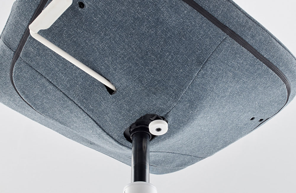 f hlt sich nicht nur im b ro zu hause ikeas neuer drehstuhl l ngfj ll unhyped. Black Bedroom Furniture Sets. Home Design Ideas