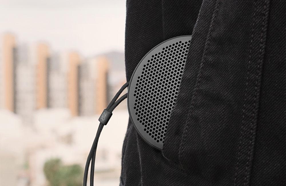 BeoPlay-P2-Ultrakompakt-Lautsprecher-Bluetooth-Design-USB-C-4