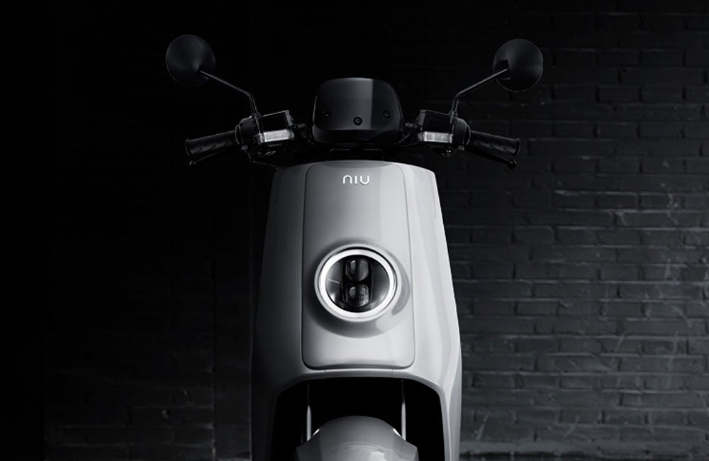 NIU-Roller-Elektrisch-N1-M1-Pro-Teaser