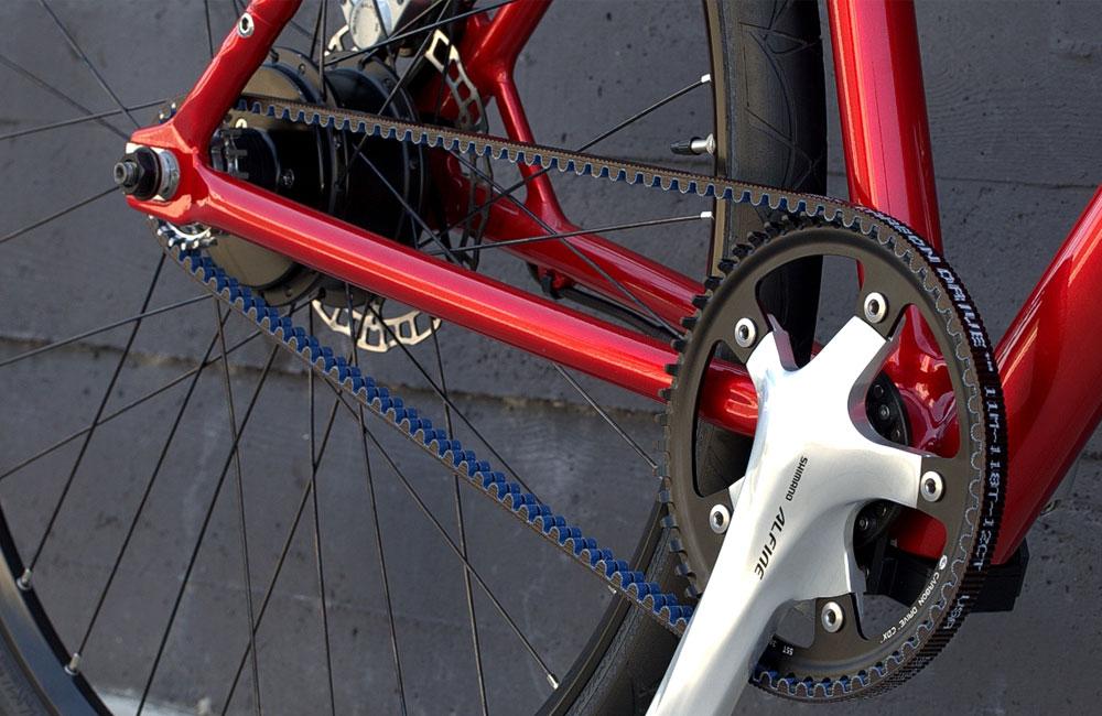 Desiknio-Minimal-Clean-E-Bike-Gates-Carbon-Drivetrain