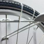 Die günstigste Wandhalterung fürs Fahrrad: IKEA SKRÅLL