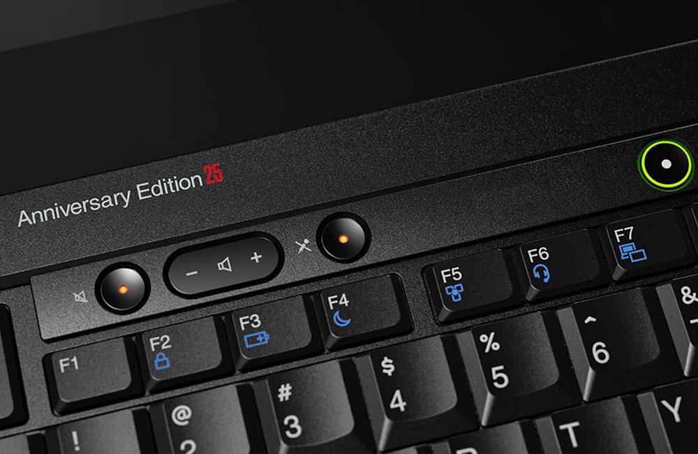 Lenovo-ThinkPad-25-Retro-Notebook-IBM-Klassiker-Tastatur