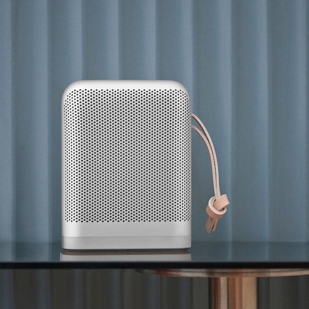BeoPlay-P6-Bluetooth-Design-Lautsprecher-Alu-Leder-Silber-Front