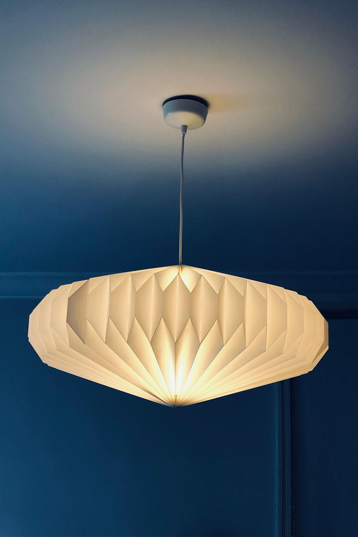 diy attraktive h ngelampe aus ikea strala weihnachtsdeko f r nur 15 euro unhyped. Black Bedroom Furniture Sets. Home Design Ideas
